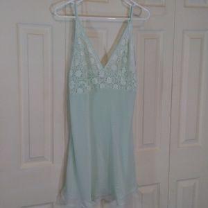 Jones New York Mint Green Shortie Night Gown